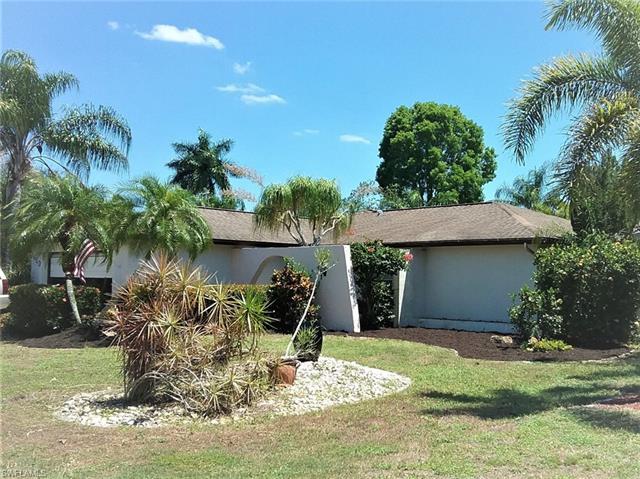 1450 Medoc Ln, Fort Myers, FL 33919