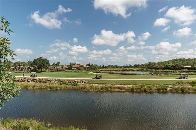 9526 Hemingway Ln, Fort Myers, FL 33913