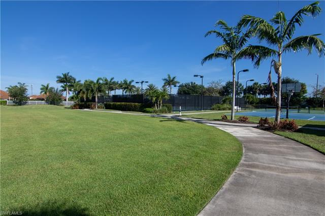 4601 Waterscape Ln, Fort Myers, FL 33966
