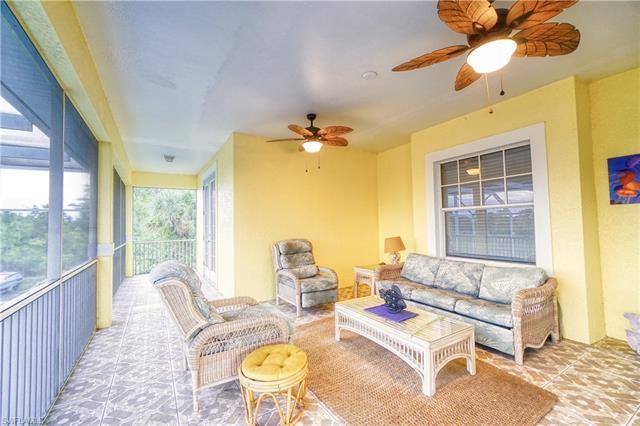 915 Barbara Ct, Lehigh Acres, FL 33974