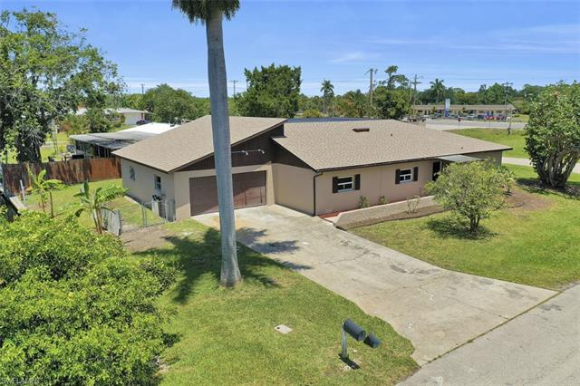 1226 Betmar Blvd, North Fort Myers, FL 33903