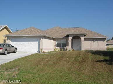 5532 Beauty St, Lehigh Acres, FL 33971
