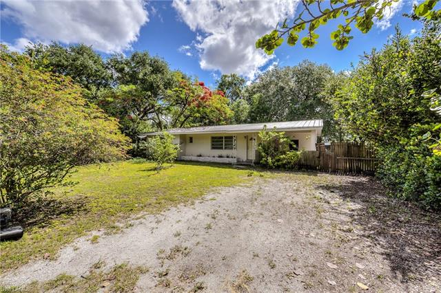 2323 Clifford St, Fort Myers, FL 33901