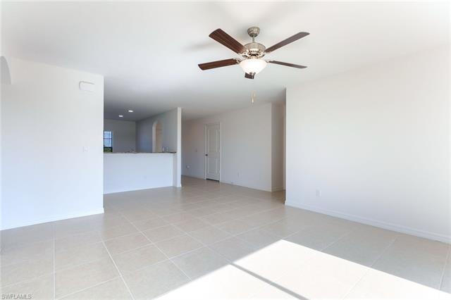 246 Lisette St, Fort Myers, FL 33913