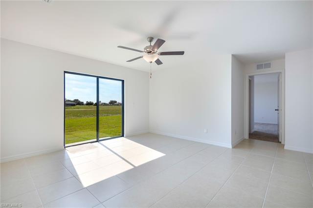 251 Lisette St, Fort Myers, FL 33913