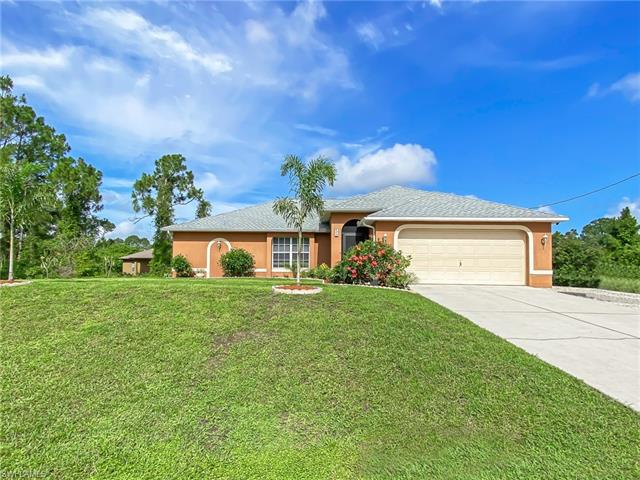 620 Montclair Ave S, Lehigh Acres, FL 33974