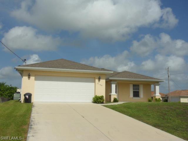 3100 Fiona Ct, Lehigh Acres, FL 33976