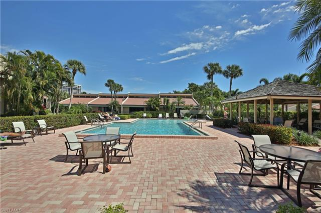 5004 Harbortown Ln, Fort Myers, FL 33919