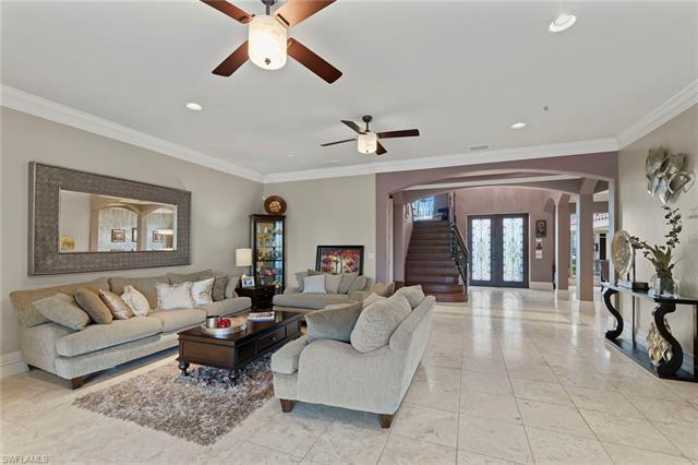 11371 Compass Point Dr, Fort Myers, FL 33908