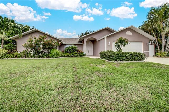 402 Sw 43rd St, Cape Coral, FL 33914