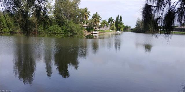 302 Sw 21st Ave, Cape Coral, FL 33991