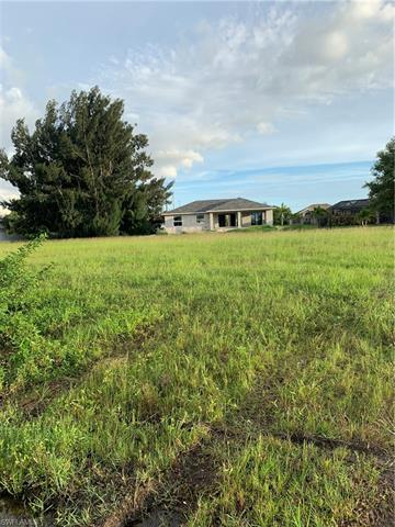 16 Sw 25th Pl, Cape Coral, FL 33991
