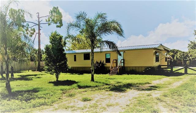 1138 Alligator Rd, Moore Haven, FL 33471
