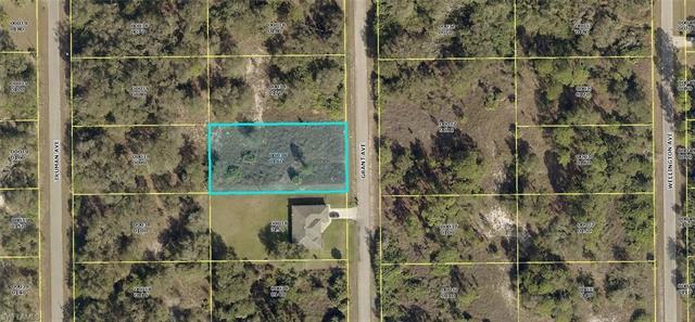 1907 Grant Ave, Lehigh Acres, FL 33972