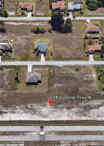 124 Diplomat Pky W, Cape Coral, FL 33993