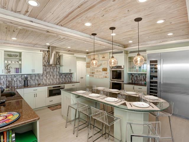30 Beach Homes, Captiva, FL 33924