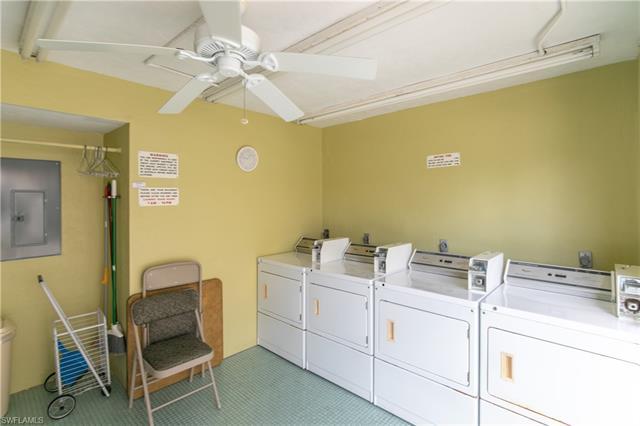 828 Victoria Dr C10, Cape Coral, FL 33904