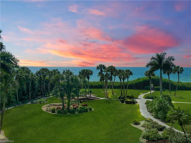 10851 Gulf Shore Dr 201, Naples, FL 34108