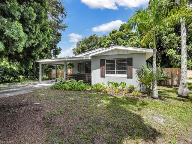 2266 Clifford St, Fort Myers, FL 33901