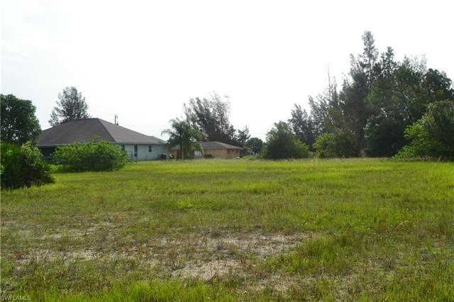 1143 Nw 27th Pl, Cape Coral, FL 33993
