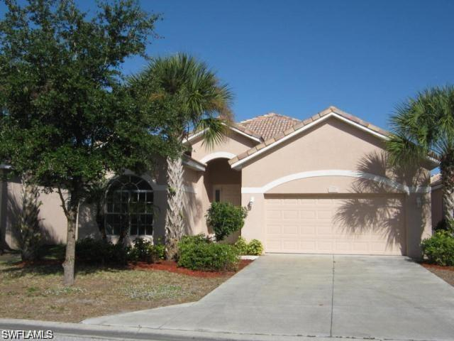 2158 Oxford Ridge Cir, Lehigh Acres, FL 33973
