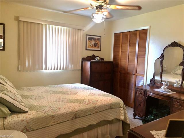 1002 E 3rd St, Lehigh Acres, FL 33936