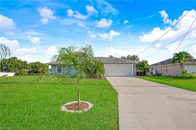 2820 Sw 2nd Ter, Cape Coral, FL 33991