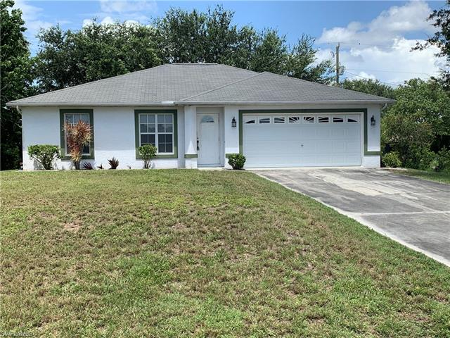 137 Ne 6th Pl, Cape Coral, FL 33909