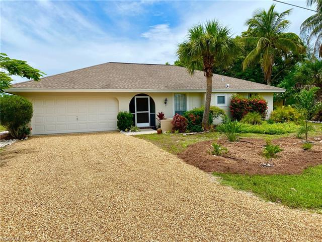 718 Durion Ct, Sanibel, FL 33957