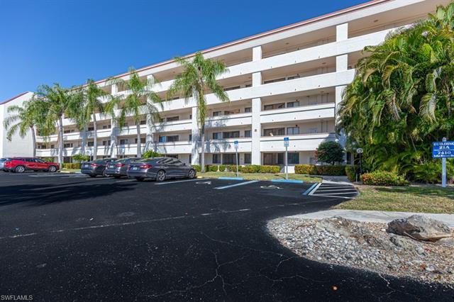 7410 Lake Breeze Dr 104, Fort Myers, FL 33907
