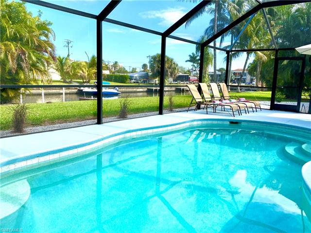 1449 Vendome Ct, Cape Coral, FL 33904