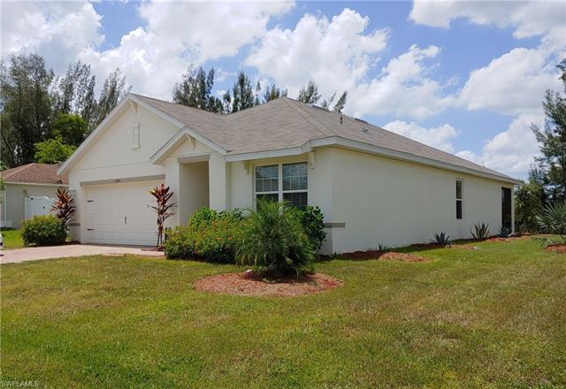 604 Sw 26th St, Cape Coral, FL 33914
