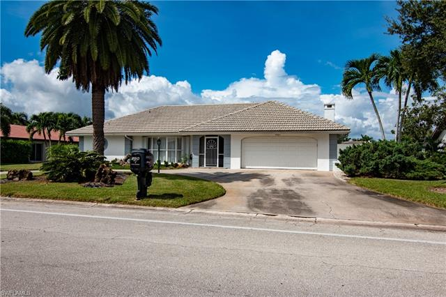 9820 Cypress Lake Dr, Fort Myers, FL 33919