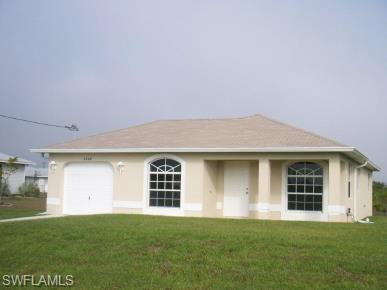 2804 72nd St W, Lehigh Acres, FL 33971