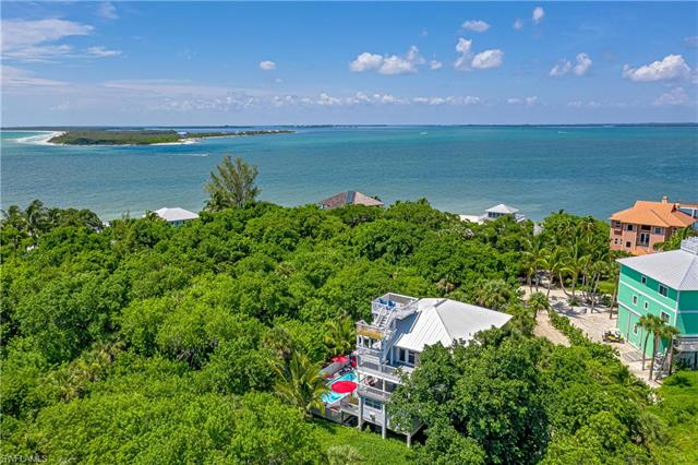 120 Swallow Dr, Upper Captiva, FL 33924