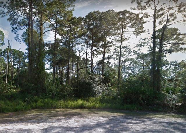 103 Nobles Ct, Lehigh Acres, FL 33974