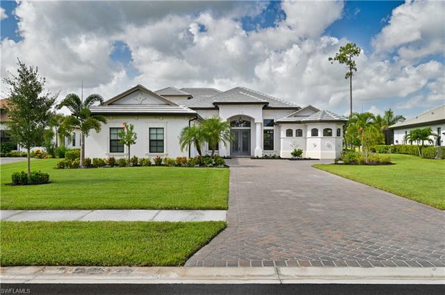 2330 Somerset Pl, Naples, FL 34120