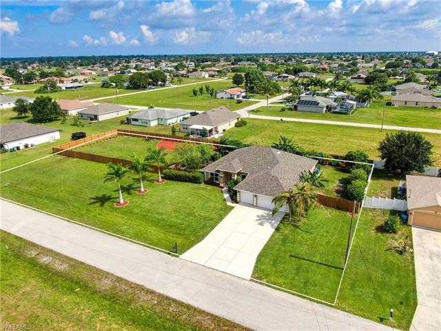 1223 Nw 11th Ter, Cape Coral, FL 33993