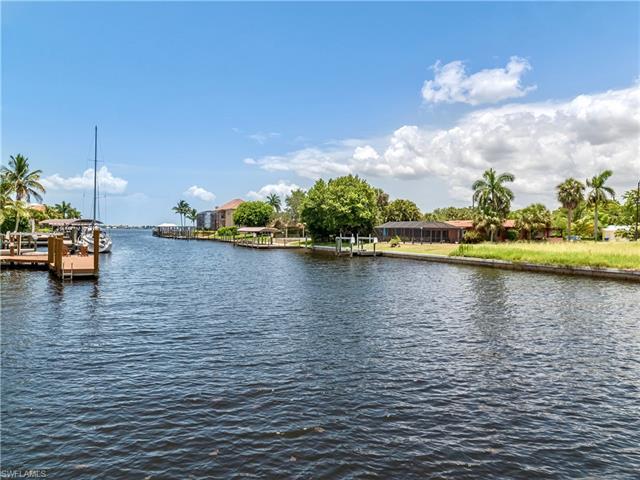 849 Cypress Lake Cir, Fort Myers, FL 33919