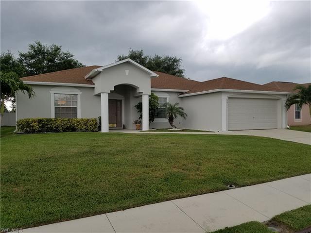 2411 Hawks Preserve Dr, Fort Myers, FL 33905