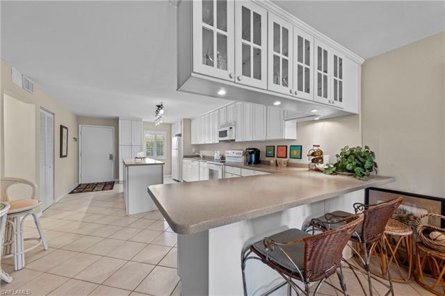 2264 Winkler Ave 203, Fort Myers, FL 33901