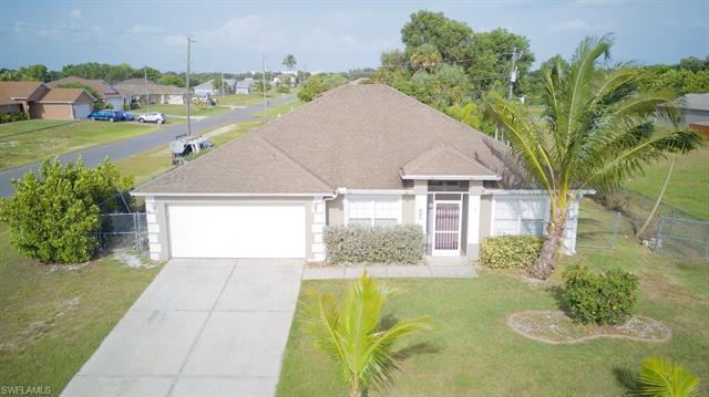 307 Nw 3rd Pl, Cape Coral, FL 33993