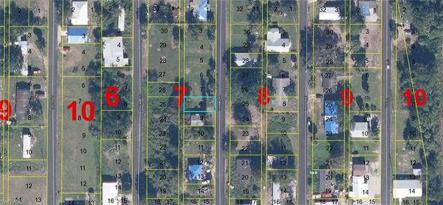 1049 Thomas St, Moore Haven, FL 33471