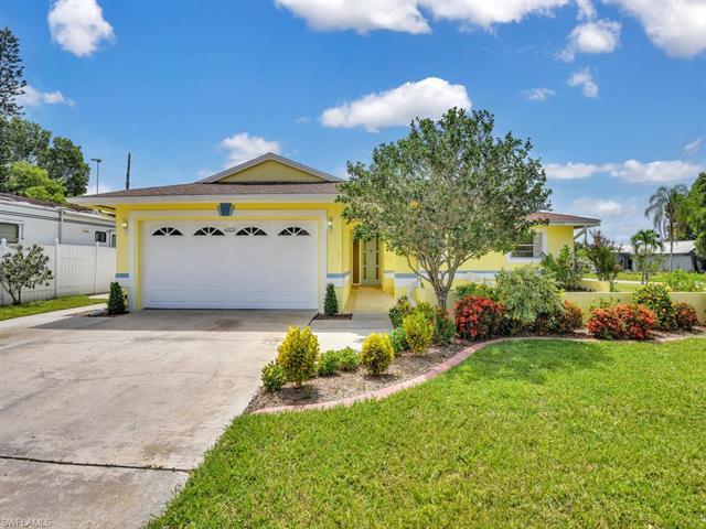 6523 Furman Blvd, Fort Myers, FL 33919