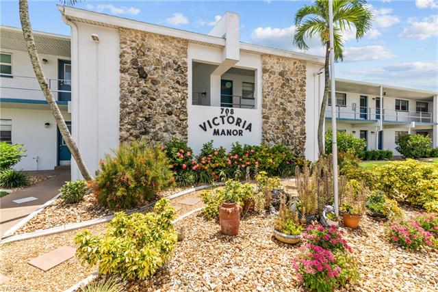 708 Victoria Dr 204, Cape Coral, FL 33904