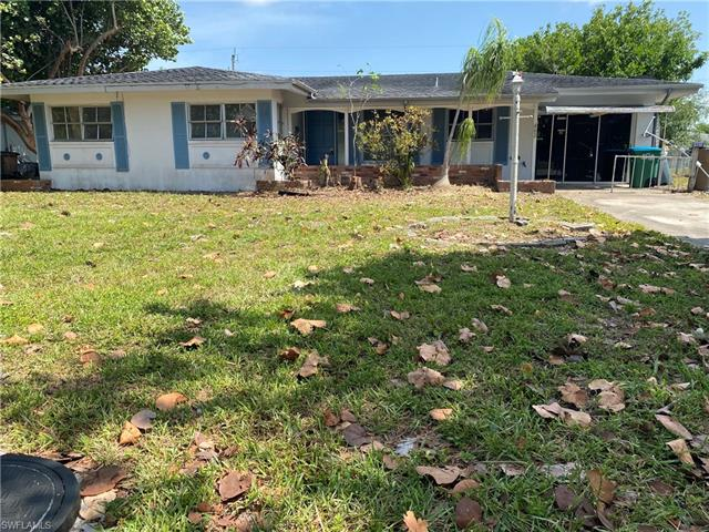 442 El Dorado Pky E, Cape Coral, FL 33904