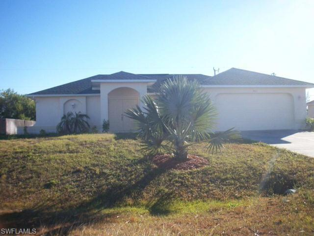1811 Ne 2nd Pl, Cape Coral, FL 33909