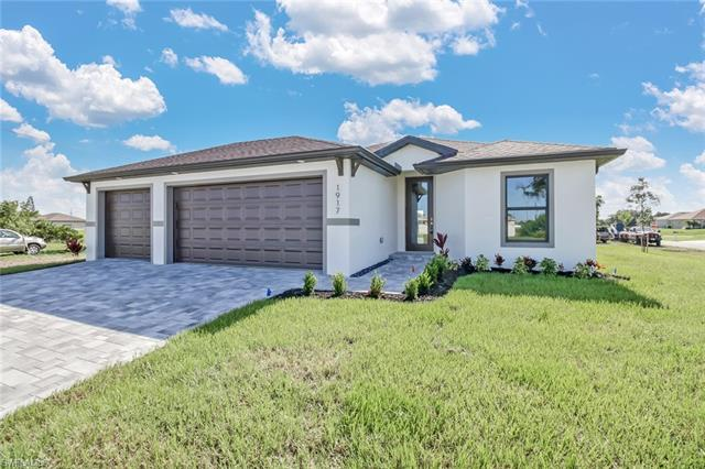 1905 Ne 18th St, Cape Coral, FL 33909