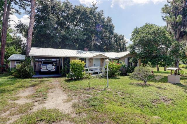 1240 Old Bridge Rd, North Fort Myers, FL 33917
