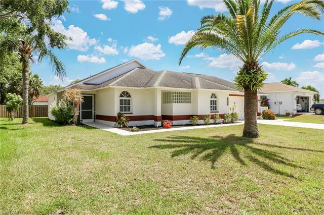 13410 Red Maple Cir, North Fort Myers, FL 33903